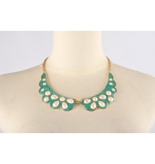Fleuria Collar Necklace