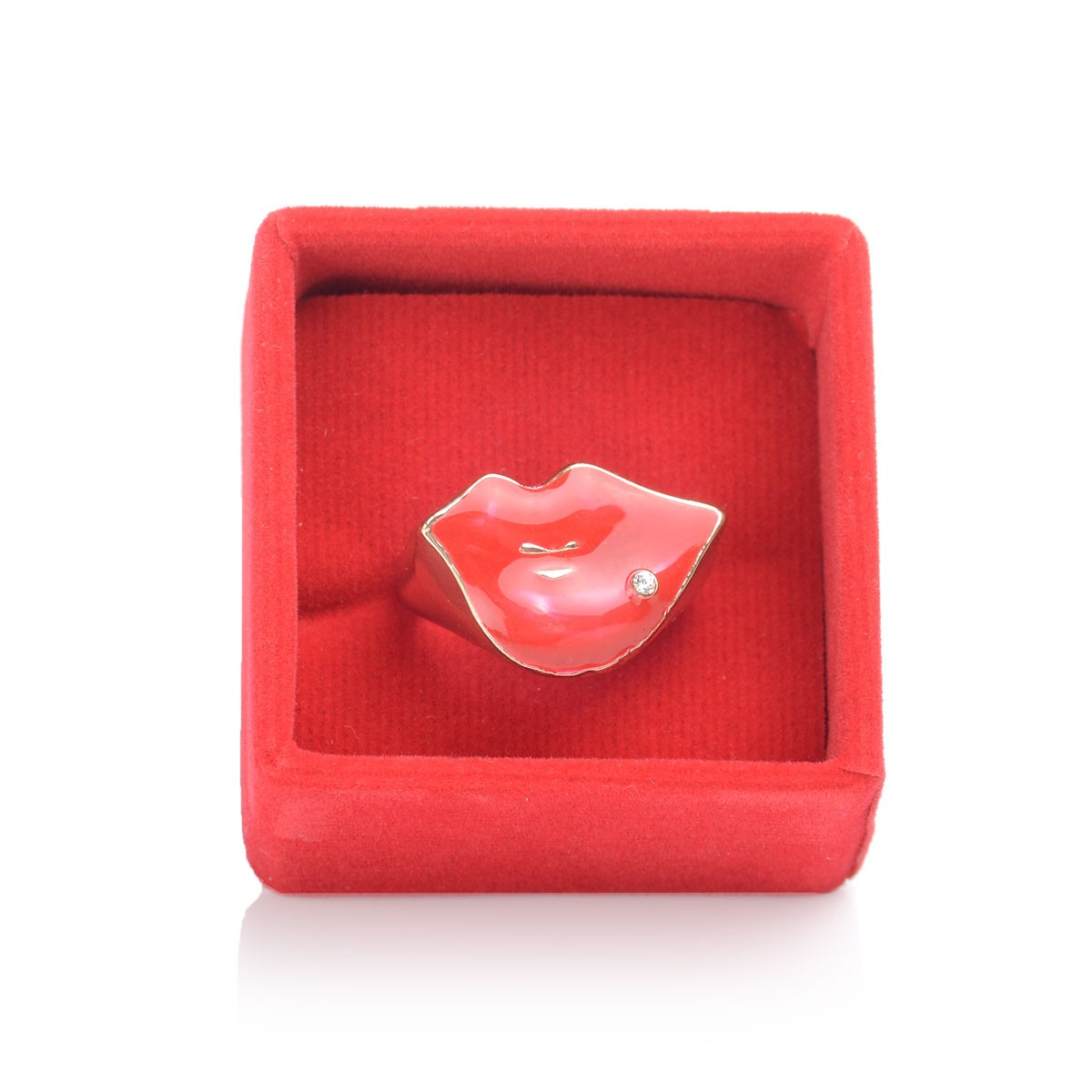Red Kiss Rings